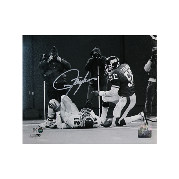 Lawrence Taylor Autographed 8x10 Photo (Steiner Hologram)